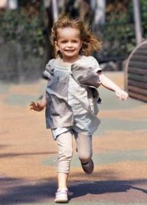 Идея как фотографировать детей на улице